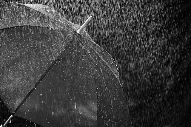 prší na deštník